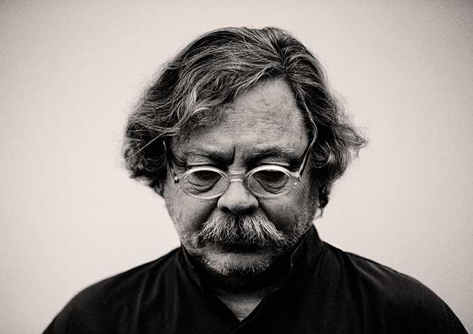 Alberto Corazón. Design: The energy of graphic thinking (1965-2015)